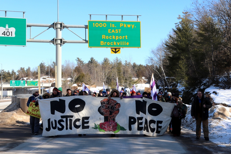First Nations Protest - TI Bridge - Lansdowne - February 17, 2020 - IMG_1423cropresizea